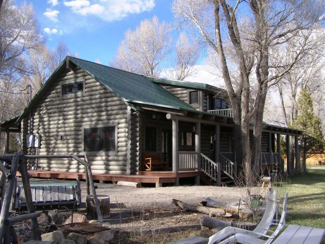 Hatch utah real estate old town cabin for sale on sevier for Log cabins in utah