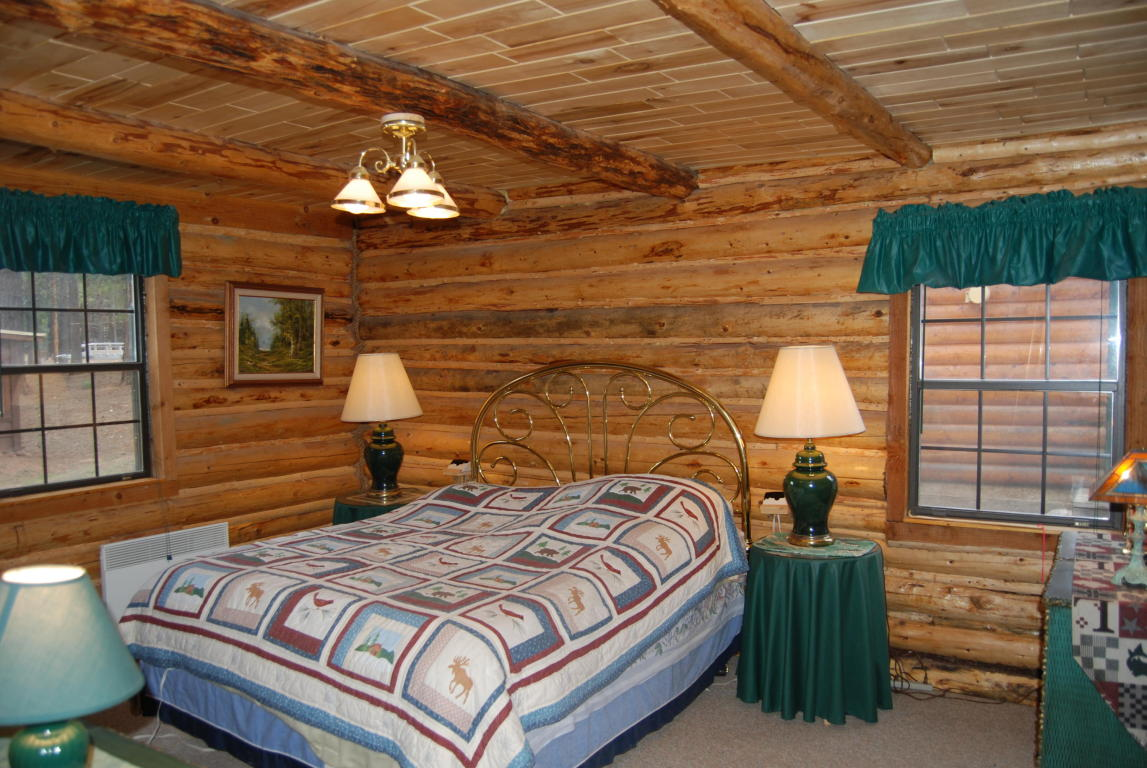 Cabin for sale at Mammoth Creek