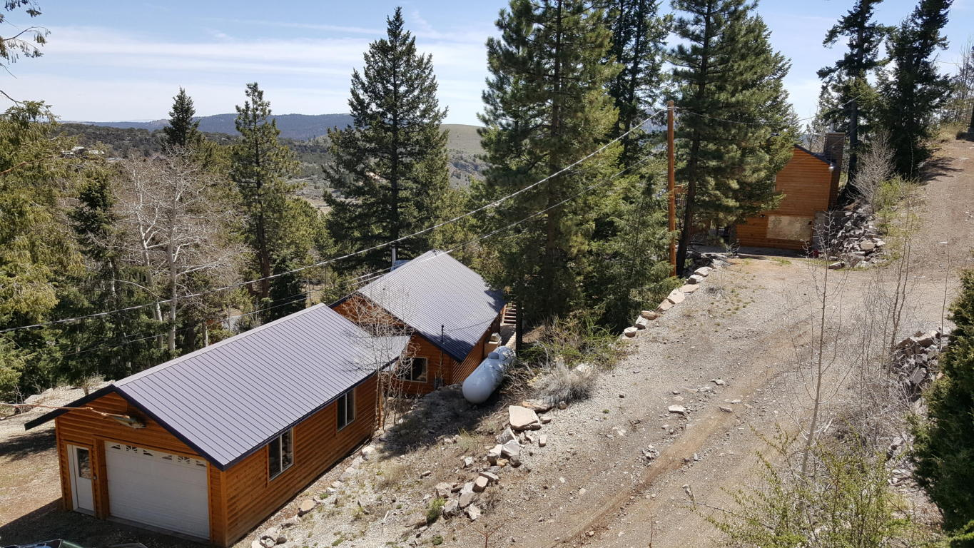 Horse property with 2 cabins for sale at Panguitch Lake